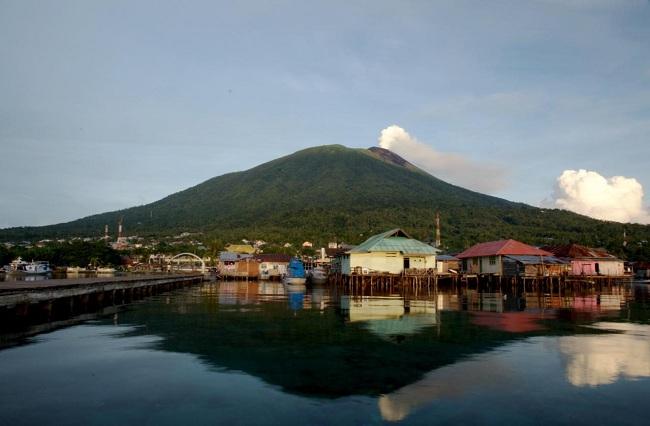 Ternate (Wikipedia)