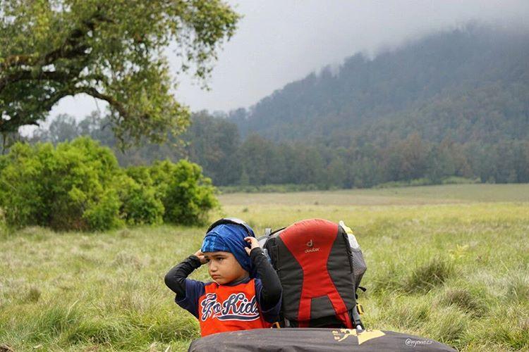 Keren! 5 Bocah Lucu Ini Sukses Taklukkan Gunung-gunung di Indonesia