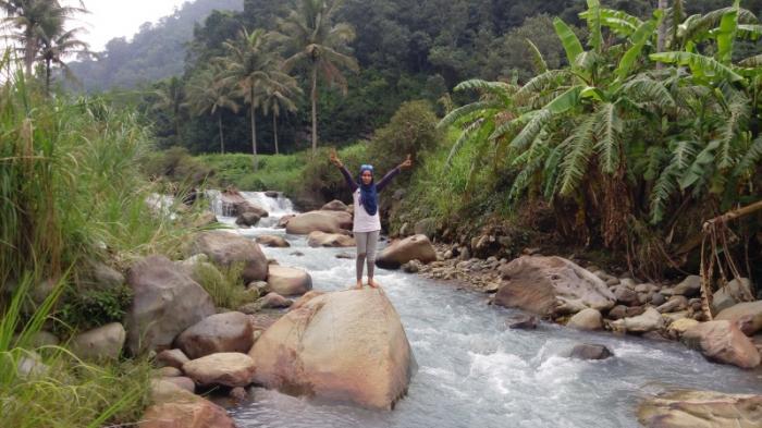 Ajaib, Ada Sungai Panas dan Dingin di Sumatera Utara