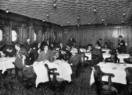 Suasana ruang makan Second Class (Boredpanda)