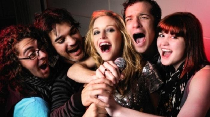 Kilas Balik Sejarah Karaoke