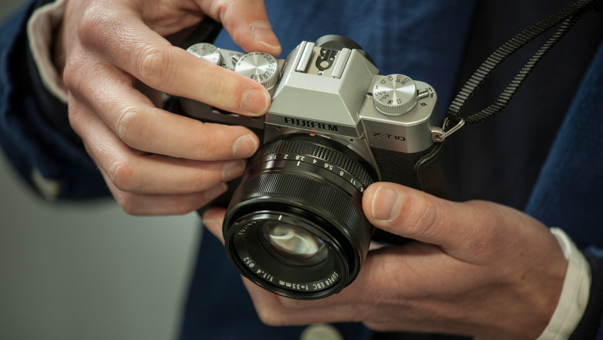 Review Kamera Mirrorless Fujifilm Xa2