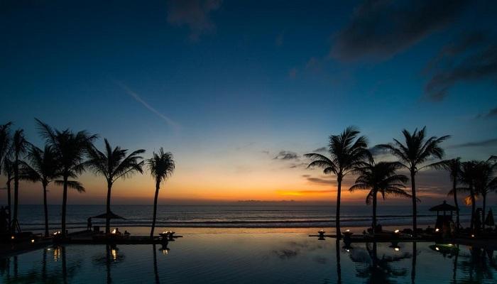5 Pasangan Seleb Luar Negeri yang Berbulan Madu di Bali