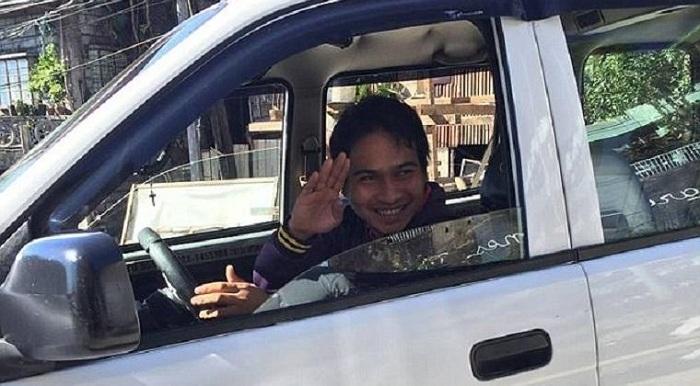 Berkah Kejujuran, Sopir Taksi Ini Digaji Rp 450 Juta per Bulan
