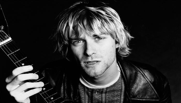 Menengok Gitar-gitar yang Pernah Dimiliki Kurt Cobain dari Nirvana