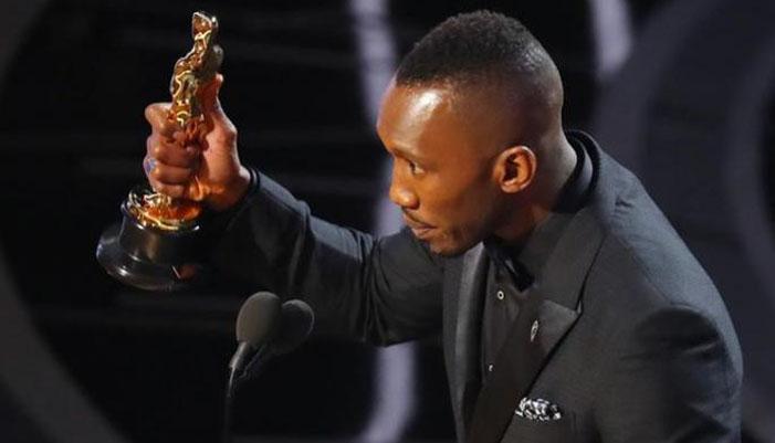 Ini Dia Aktor Muslim Pertama yang Berhasil Raih Oscar