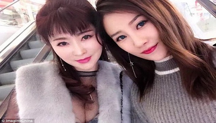 Disangka Kembar, Ternyata Dua Wanita Ini Ibu dan Anak
