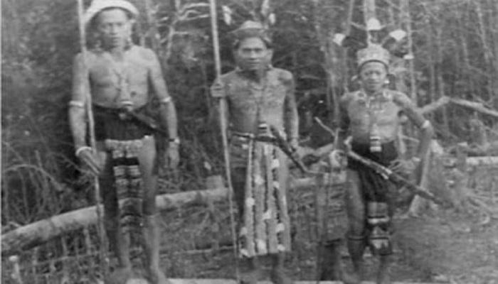 5 Suku Primitif di Indonesia yang Misterius