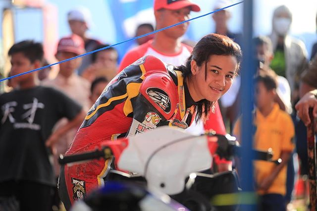 Kenalin Sabrina Sameh, Rider Cantik yang Jadi Berita