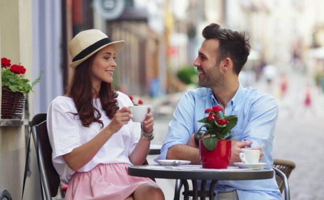 Meski Tak Romantis, Pacar yang Setia Pasti Punya 5 Tanda Ini
