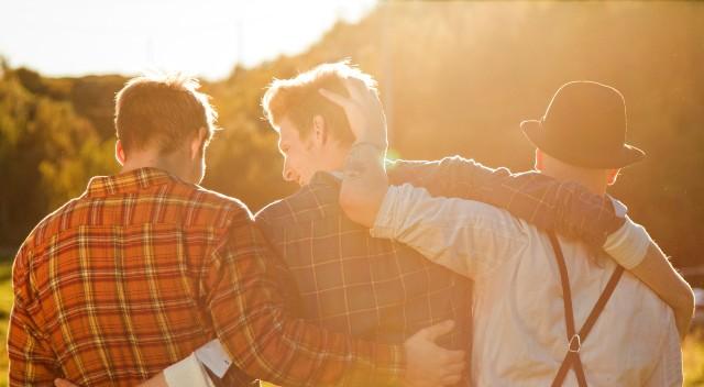 5 Cara Mudah Menjaga Hubungan Baik dengan Sahabat