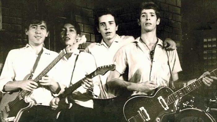 Bukan dari Amerika atau Inggris, Inilah Band Punk Pertama di Dunia