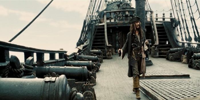 5 Kapal Legendaris dari Film Pirates of the Caribbean