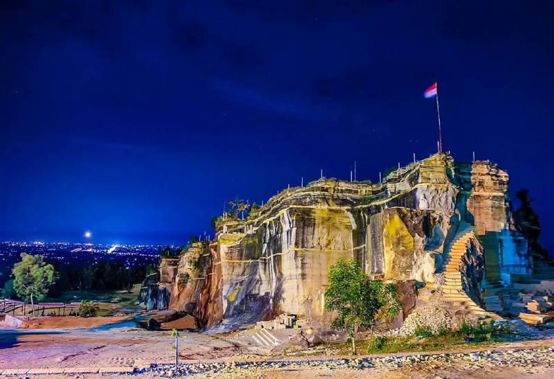 Tebing Breksi, Panorama Landscape Artistik Yogyakarta yang Eksotis