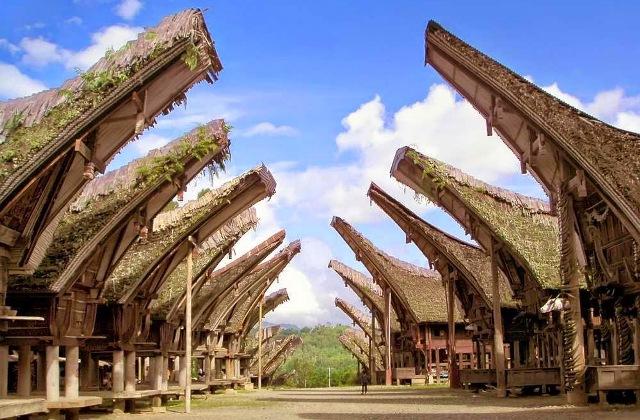 5 Rumah Adat Ini Bikin Kamu Bangga Jadi Orang Indonesia