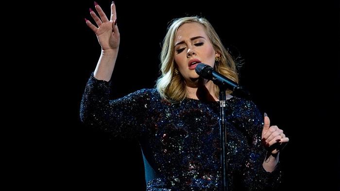 Kocak, 5 Musisi Dunia Ini Lupa Lirik Lagunya Sendiri Saat Manggung