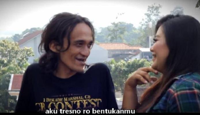 Kocak, YouTuber Cover Lagu Ed Sheeran Pakai Bahasa Jawa