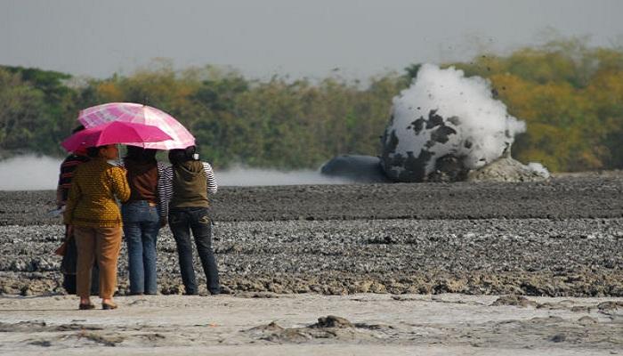 Bledug Kuwu, Fenomena Letupan Lumpur yang Cuma Ada di Grobogan