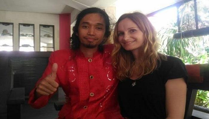 Kisah Pengamen Makassar Persunting Bule Cantik Asal Prancis