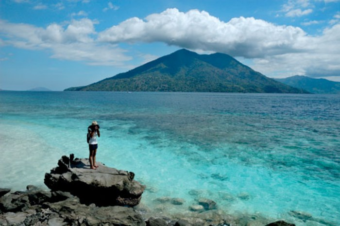Jarang Dilirik, 5 Pulau Terluar Indonesia Ini Punya Pesona yang Mendunia