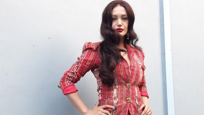 Eufrasia Vieira, Aktris dan Penulis Indonesia yang Wajahnya Mirip Angelina Jolie