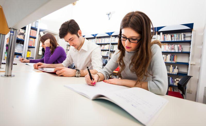 Petuah Pendidikan yang Sering Diajari Orangtua, Mitos atau Fakta?