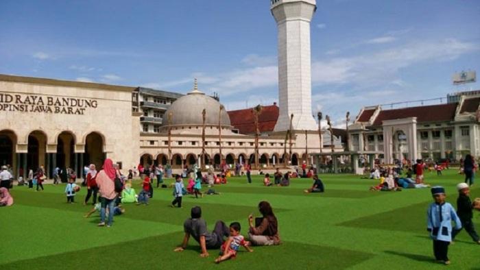 Bandung Jadi Kota dengan Udara Paling Bersih Se-Asia Tenggara