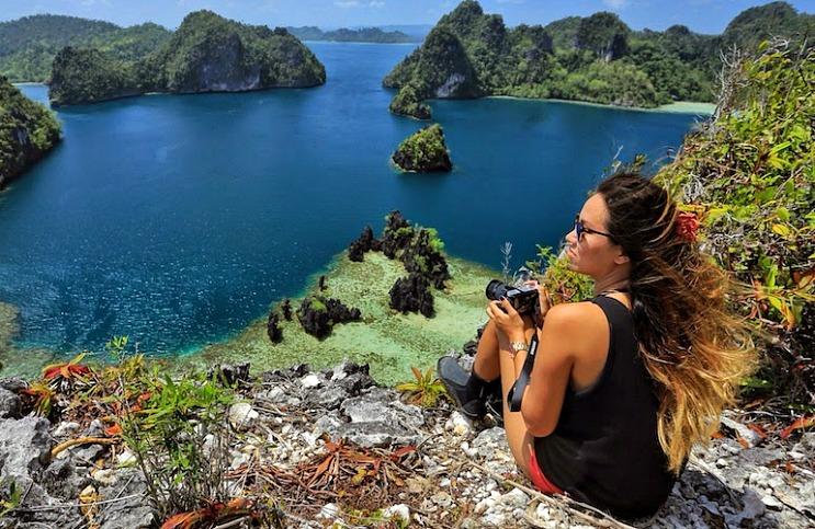 Hobi Traveling? Incar 5 Profesi Ini agar Kamu Bisa Keliling Dunia