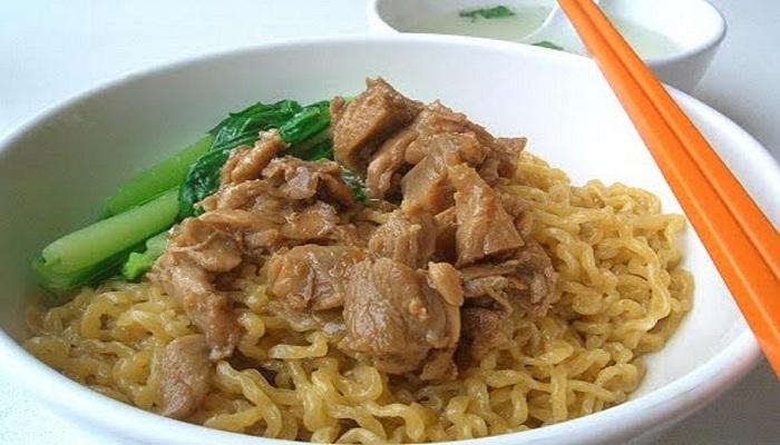 Suka Bakmi? Kamu Wajib Coba 5 Bakmi Ayam Terenak di Jakarta Barat Ini