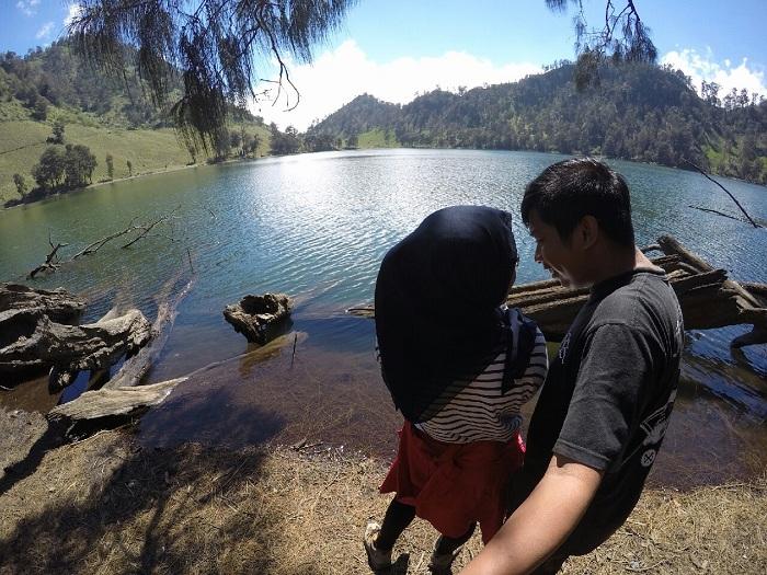 5 Destinasi Wisata Romantis di Jawa Timur, Cocok Buat