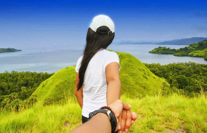 Menikmati Ketinggian dengan Pasangan di 5 Bukit Romantis Ini