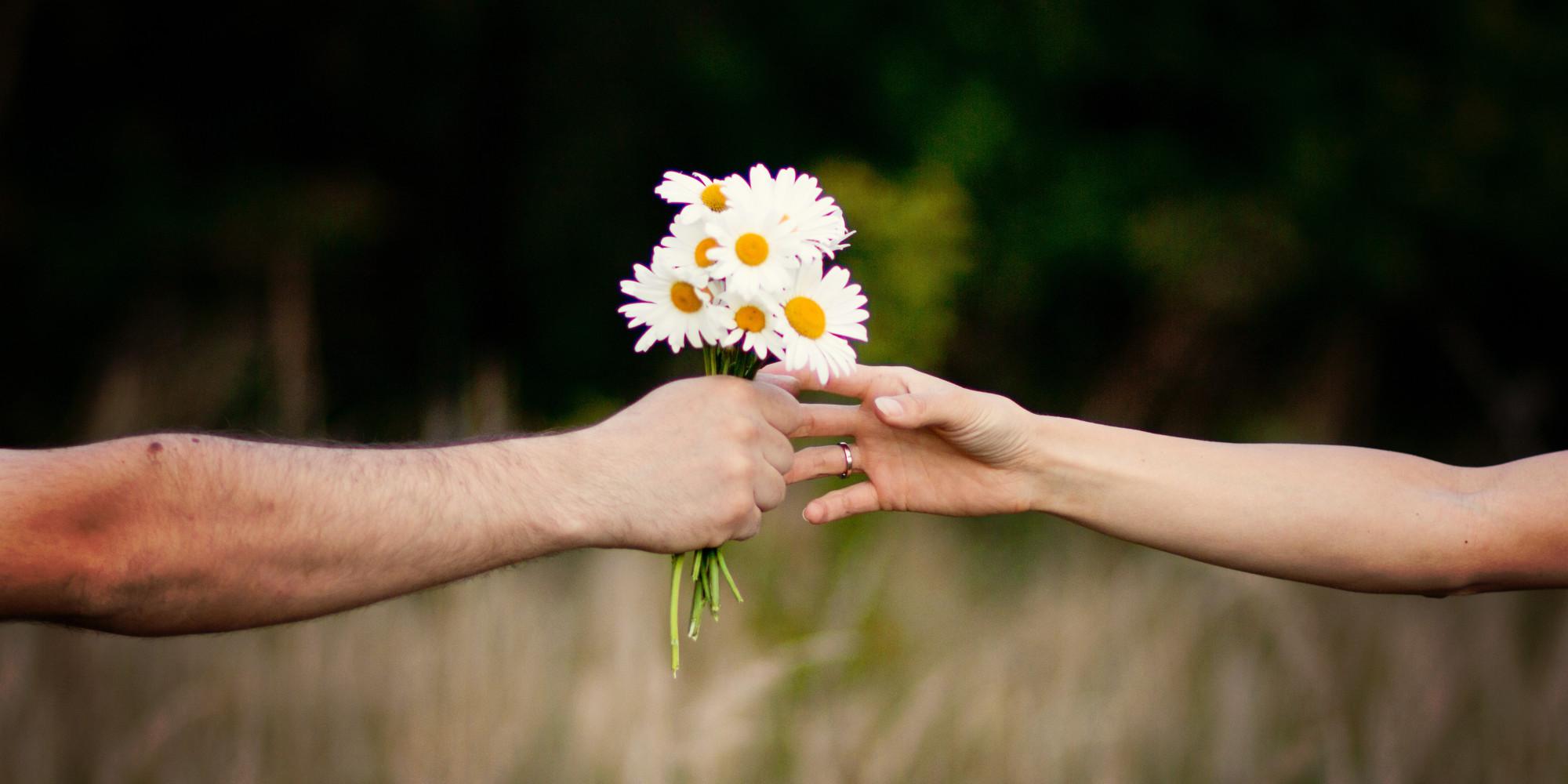 Bukan Mawar, Ini 5 Jenis Bunga yang Cocok untuk Mengungkapkan Cinta