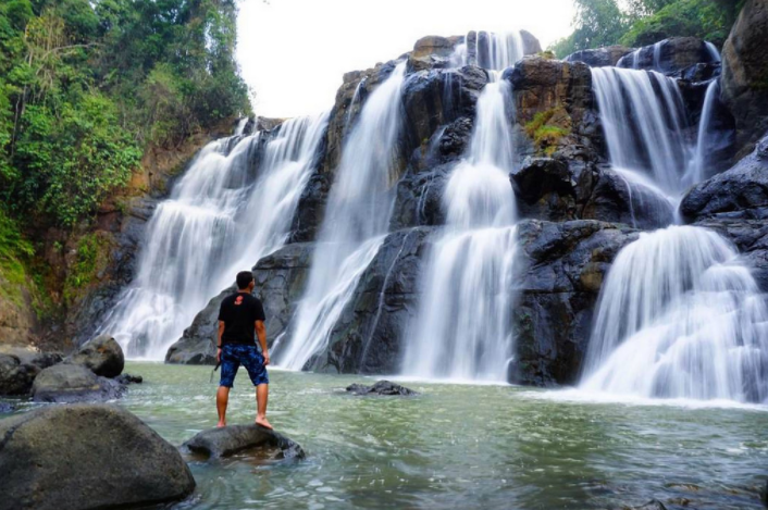 Jernihkan Pikiran ke Curug Melela Bandung yang Dijuluki Niagaranya Indonesia