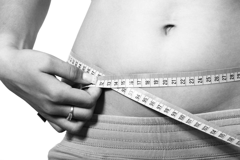 Tak Perlu Diet Ekstrem, Kamu Cukup Lakukan 5 Kebiasaan Sederhana Ini untuk Turunkan Berat Badan