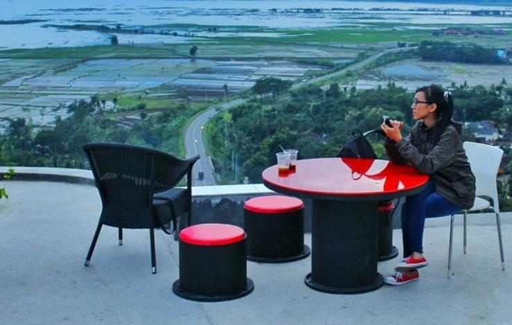 Yuk, Datang ke 5 Kafe Kece di Semarang dengan Pemandangan yang Bikin Lupa Pulang