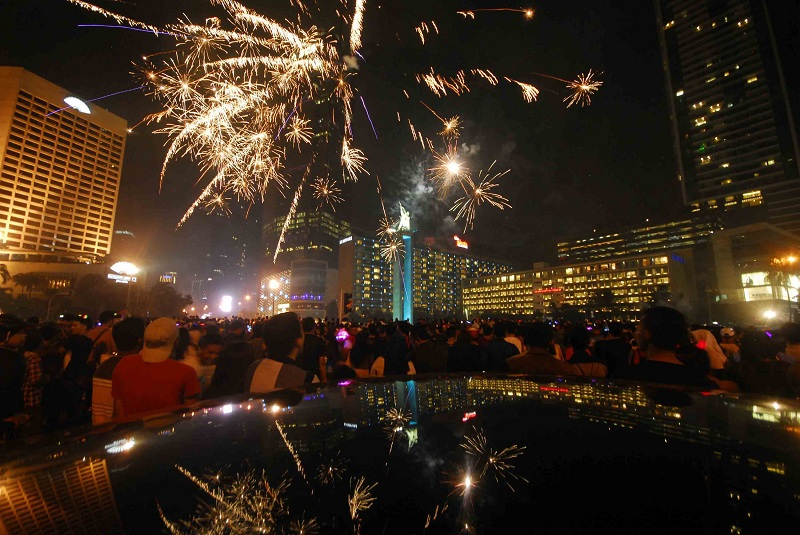 Nggak Mesti Mewah, 5 Kegiatan Tahun Baruan Murah Meriah Ini Juga Seru Dilakukan