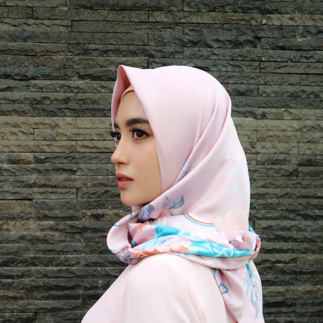 Tampil Berhijab, Kecantikan Nabilla Eks JKT48 Mirip Bidadari Surga