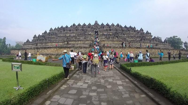 Pesonanya Mendunia, 5 Destinasi Wisata Indonesia Ini Pernah Didatangi Artis Mancanegara