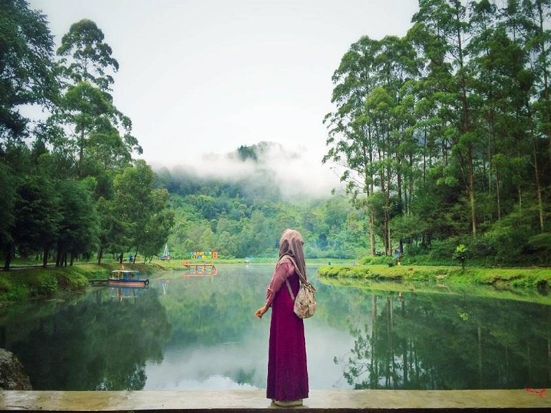 Sejuknya Udara dan Alam di Danau Cisanti Bandung, Bikin Lupa Pulang