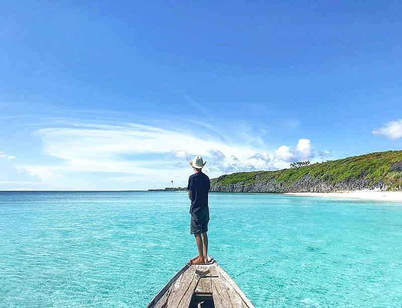 Pesona Surga Tersembunyi Pulau Bahuluang di Kepulauan Selayar, Bikin Mata dan Pikiran Segar!