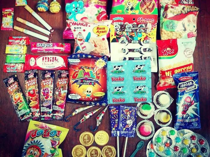 Kreatif dan Kocak, Cover Lagu Jaran Goyang Ini Sebut 100 Snack yang Ada di Indonesia