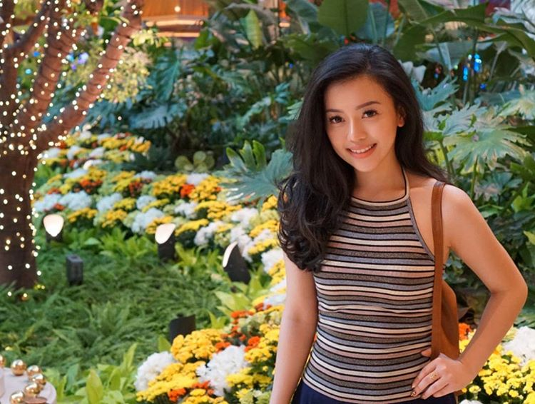 Dea Valencia, Si Cantik Pengusaha Batik yang Sasar Millennials Hingga Tembus Pasar Dunia
