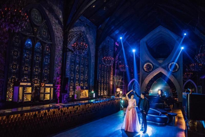 Nongkrong Seru di Mirror Bali yang Bikin Kamu Serasa Berada di Kastil Hogwarts Harry Potter