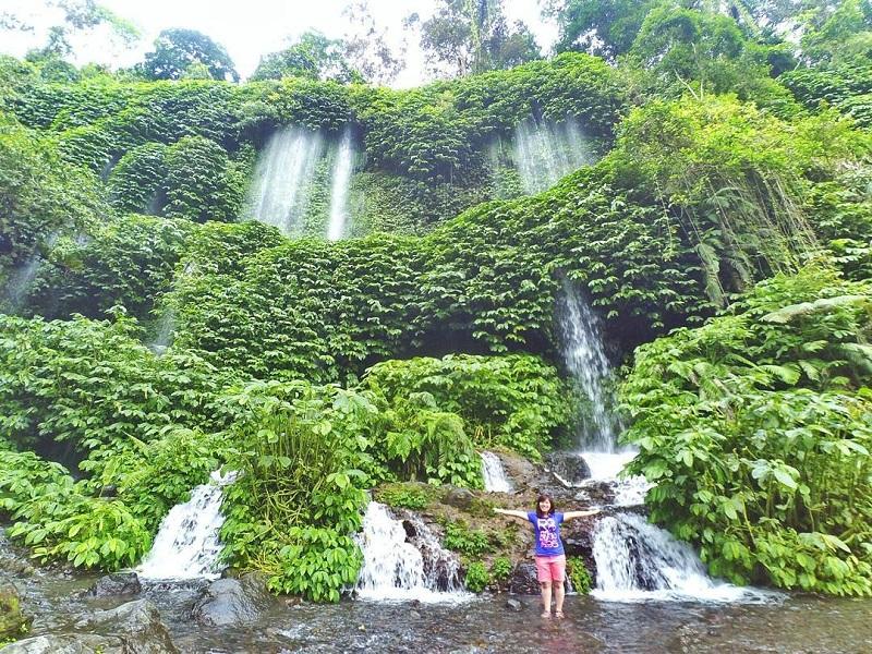 Air Terjun Benang Kelambu Lombok, Udaranya Segar dan Bikin Kamu Serasa di Dunia Dongeng
