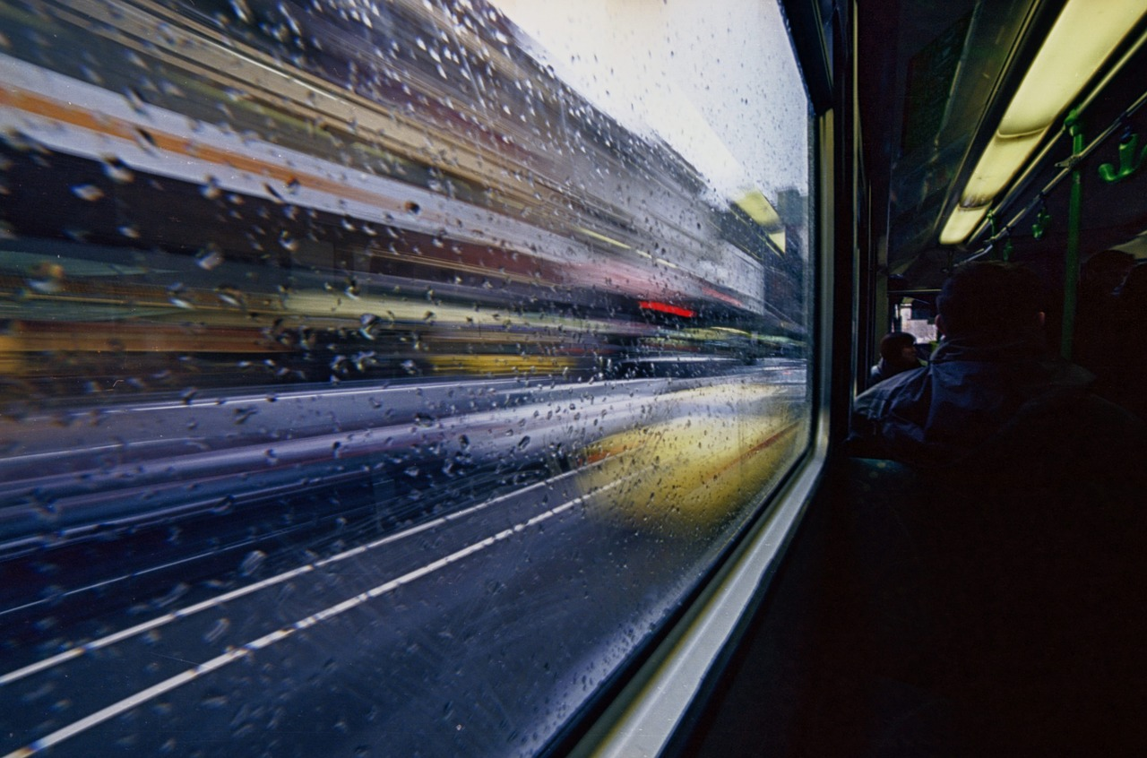 5 Tips Naik Bus Antarkota Sendirian